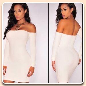 NWOT Sexy Cream Color Off Shoulder Dress 👡